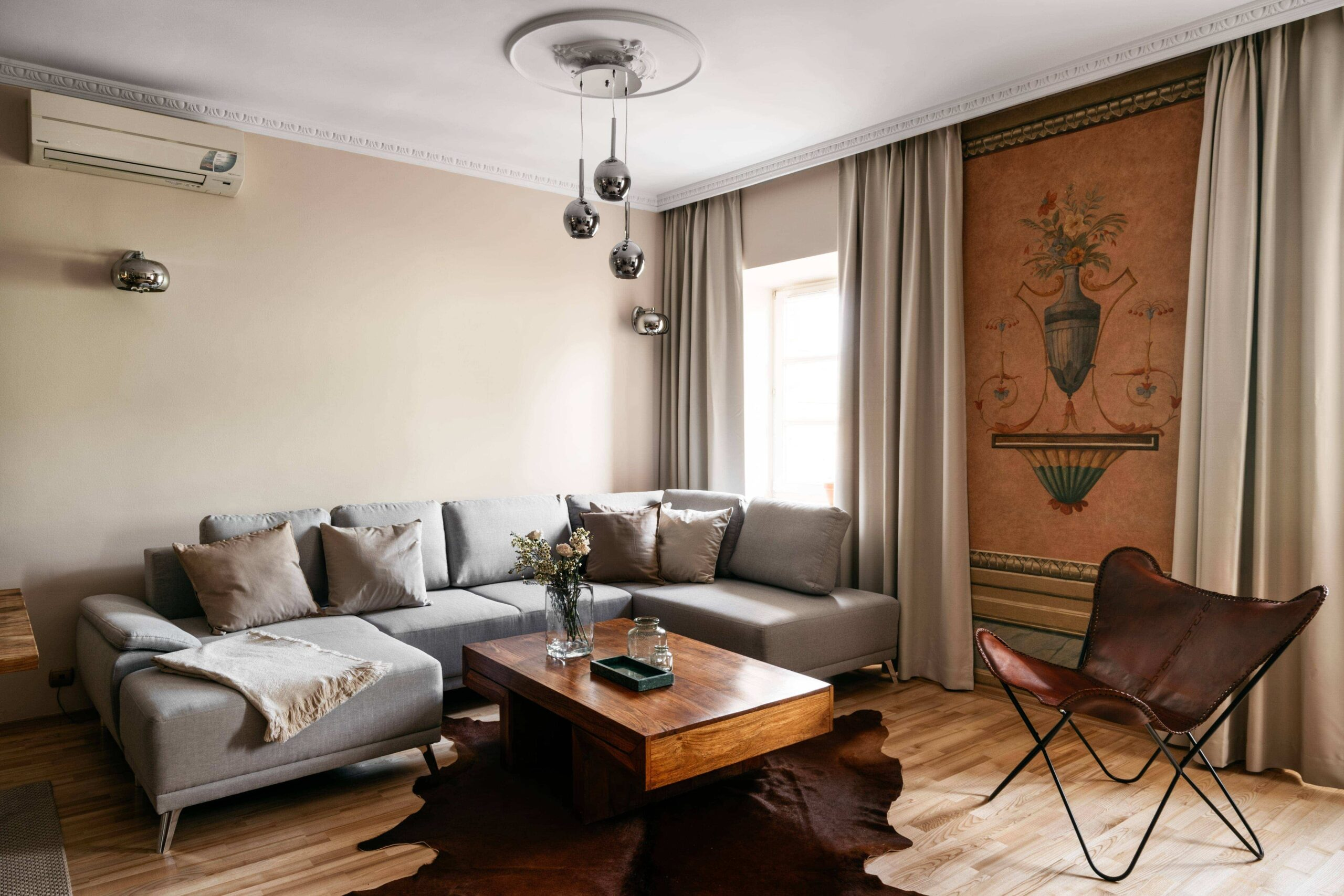 Furnished apartment for rent rue Cortambert Paris